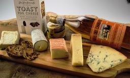 l' amuse tasting box met Pineau de Charentes